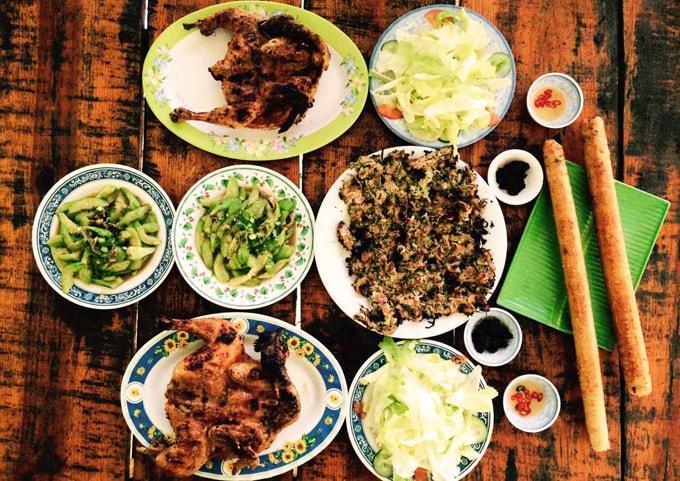 Cơm Lam Ayun - Tam Nguyên