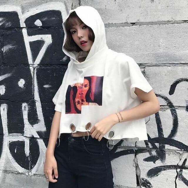 áo hoodie phối chân váy